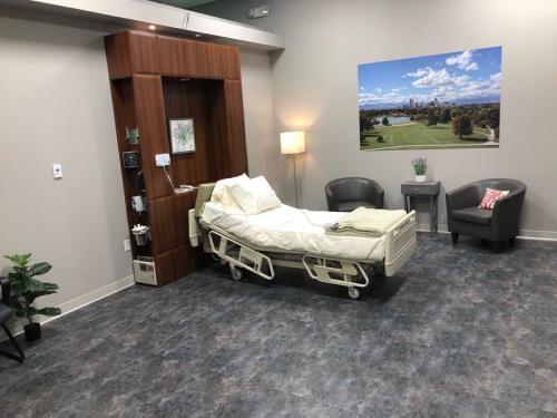 schneider-electric-mock-hospital-room1